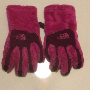 North Face gloves girls